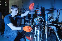 Neue magnetische Ordnung entdeckt: Wirbelfäden in der Elektronensuppe